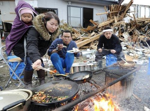 Japan-quake-01-160311_054550